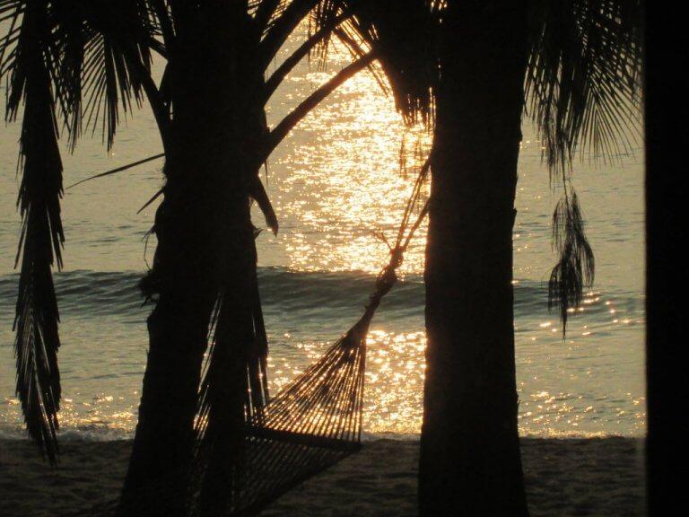 Sonnenuntergang am Strand Golf von Siam