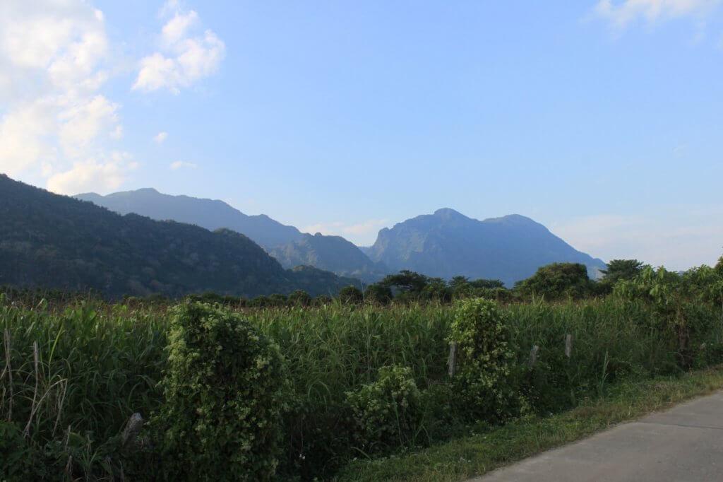 Der Berg der schlafenden Frau mit der Tham Luang