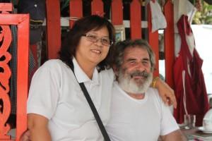 Georgius mit seiner thailändischen Frau