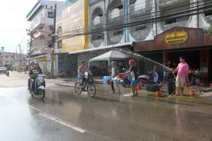 Songkran (2)-s