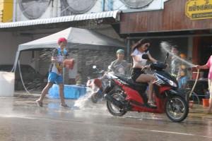 Songkran (3)-s