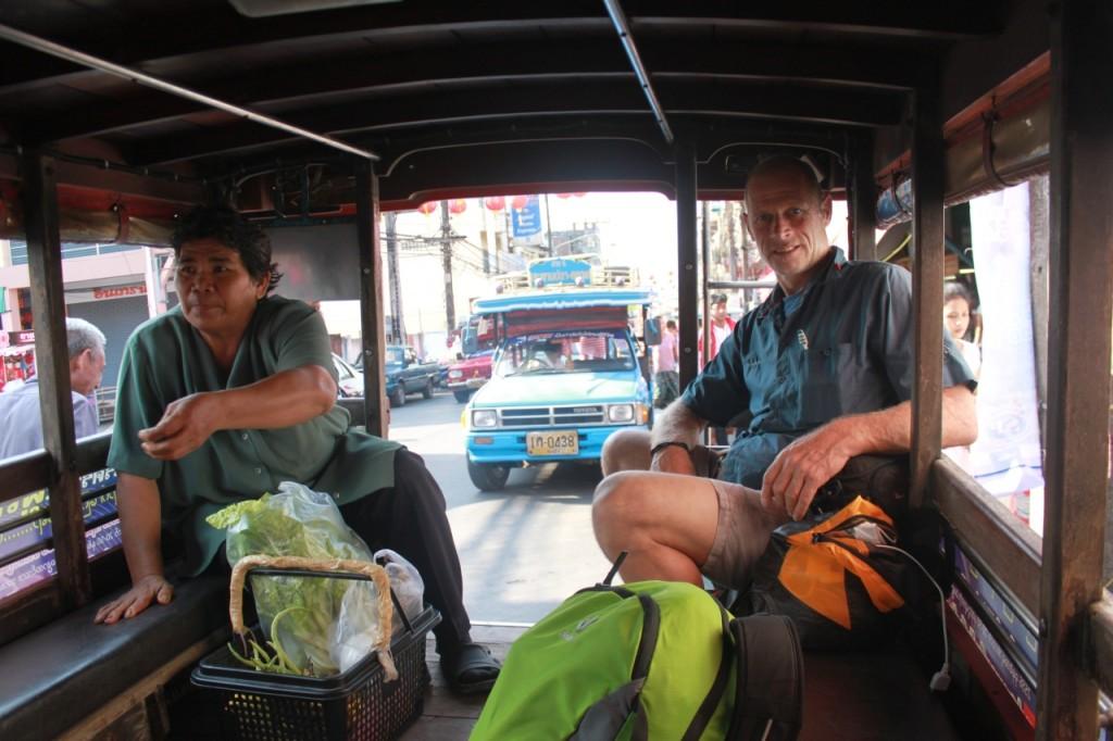 Im Songthaew zum Pier in Ranong
