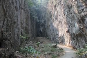 Eingang zur Tham Pla